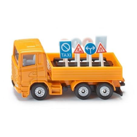 Scania R380 vrachtwagen met verkeersborden