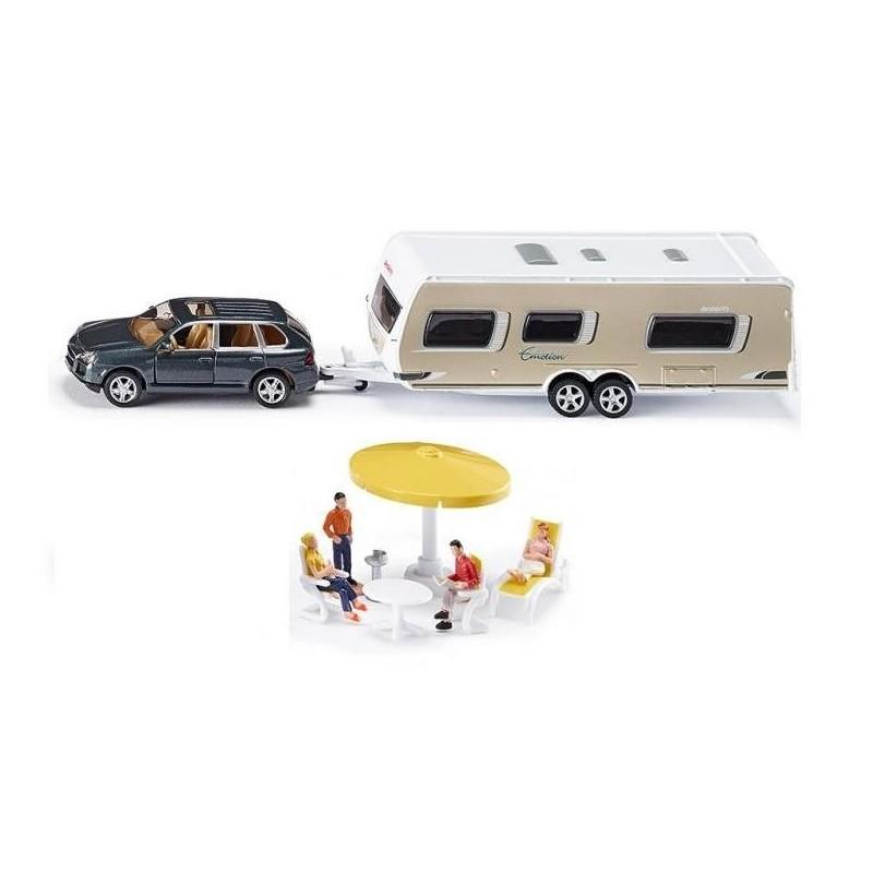 Porsche Cayenne mit Wohnwagen