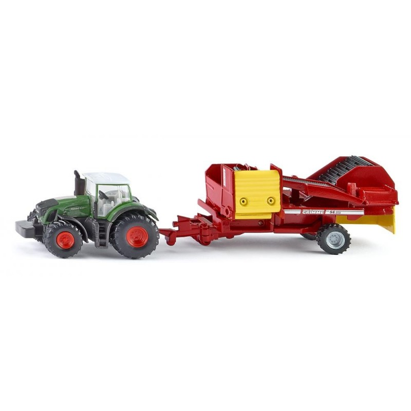 Fendt tractor with Grimme potato harvester