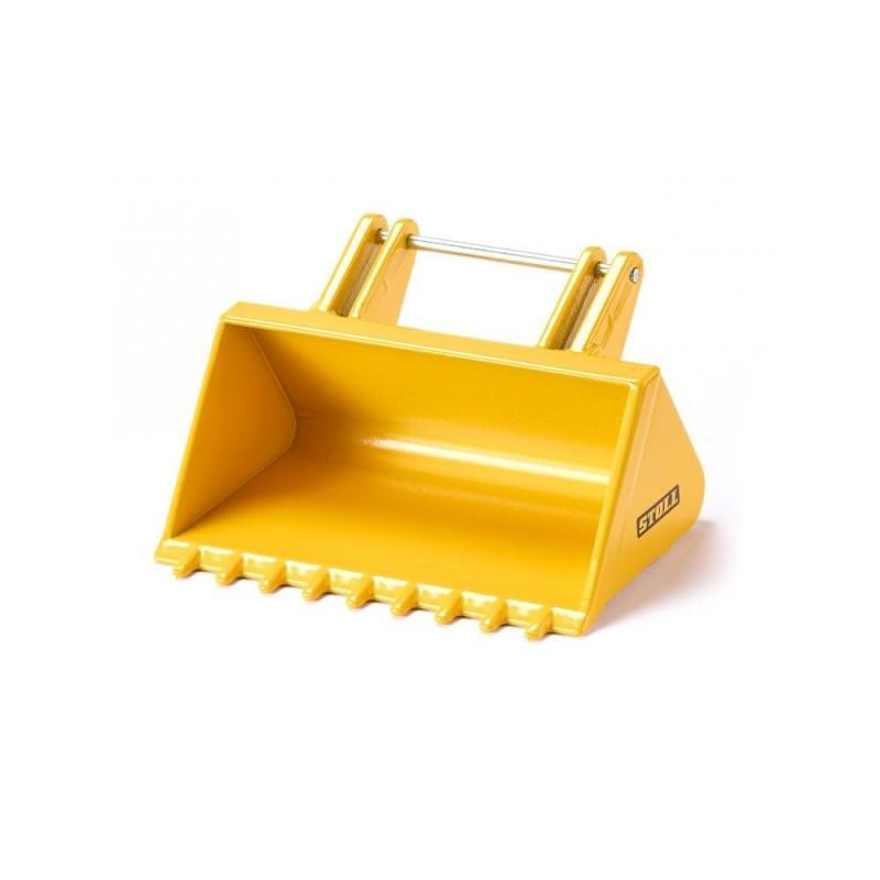 Shovel with serrated edge