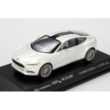Ford Evos Concept 2014 Spielwarenmesse Nürnberg Messemodell
