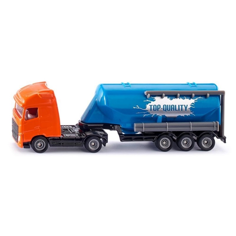 Truck with silo trailer