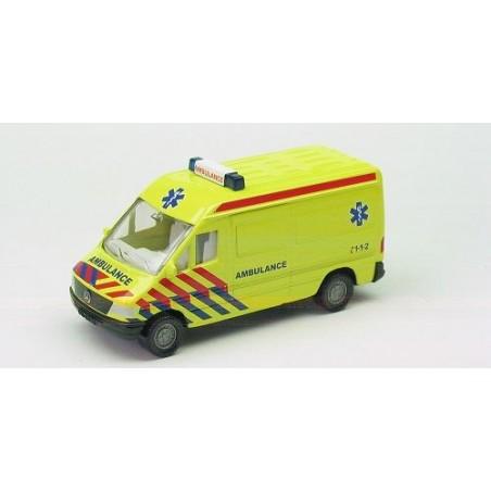 Mercedes-Benz Sprinter Ambulance, eerste variant