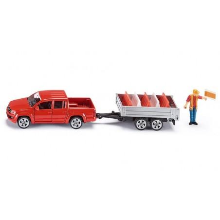 Volkswagen Amarok with tipping trailer