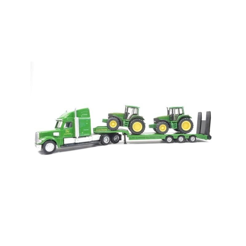 Low loader with 2 John Deere tractors