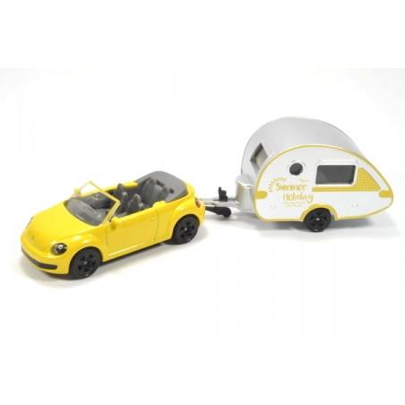 Volkswagen New Beetle cabrio met T@b caravan
