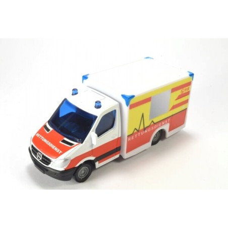 Miesen Rettungswagen mit Kofferaufbau auf MB Sprinter II