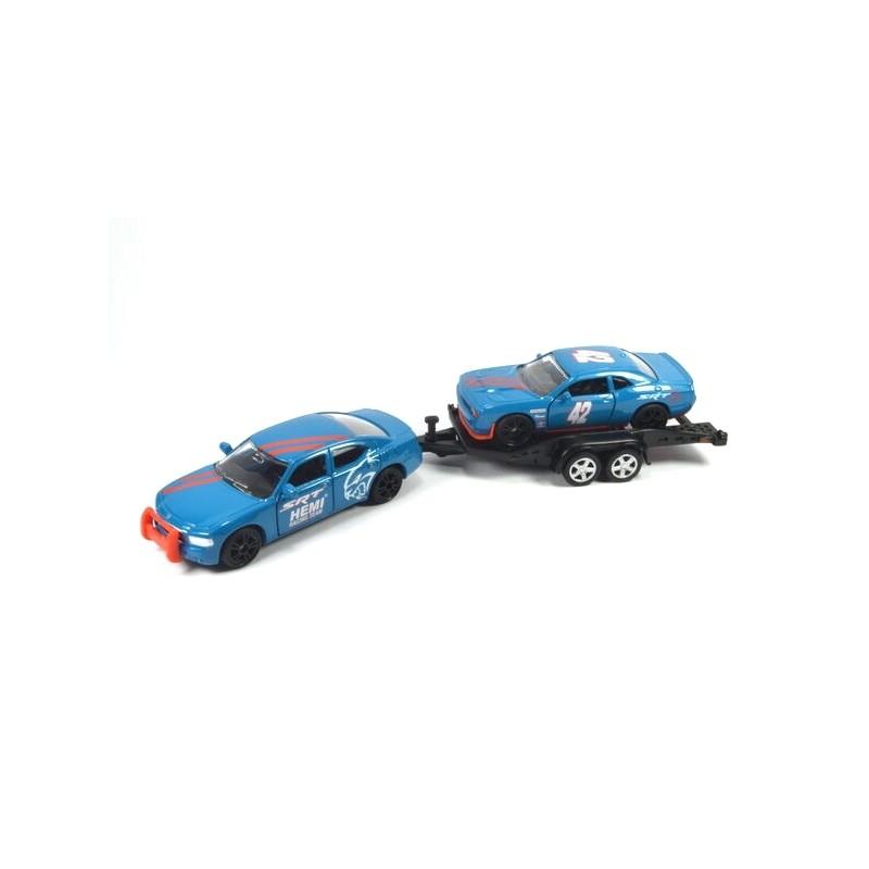Dodge Charger met autotrailer met Dodge Challenger