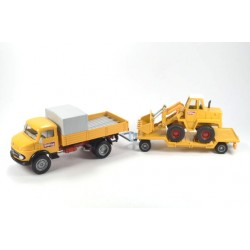Mercedes-Benz 710 Rundhauber met Kramer 411 shovel